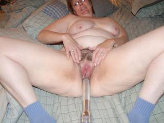 GRR!! YUMMIEE!!  OMG! I would SOO Love to get my mouth on your beautiful pussy and make her squirt all over me!lol.wink