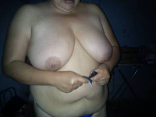Would love for u to hang your sexy tits and belly in my face and then crawl up and sit on my face and let me lick and suck your sexy pussy