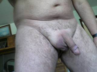 Man you are really fucking hot love the pic and want to suck your cock!!!