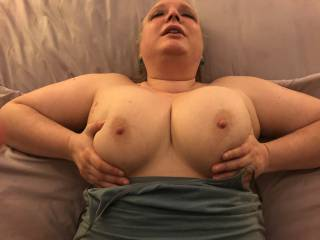 Wife cumming while bouncing her tits in the middle of getting fucked.