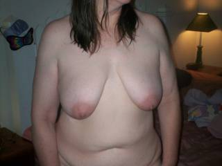 Mmm like those big fat nipples, very nice!