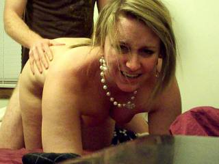 wish i was behind her and deep inside and holding them nice hips so i can make her make them faces. sooo nice.