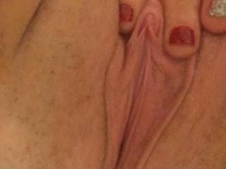 What would u do to this pussy?? Girls or boys ;)