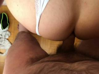 A quick anal doggy fuck...she has really an irresistible tight ass hole & magnificent cheeks to admire