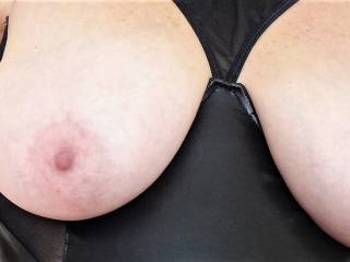 My wifes\' gorgeous tits .... she\'d  love a tribute please.