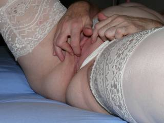 Fingering my pussy for hubby