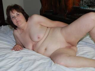 This is One Hot-Lady,that I would Love to help. My GF,agrees,Hot!!!