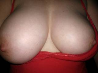 yummy beautiful big boobs I love them mmmm!