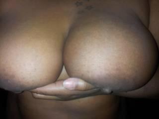 mmmmmmmmm would love to shoot my hot white cum on your chocolate boobs xoxoxox