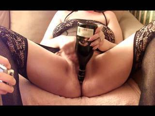 After enjoying a nice glass of Irish Cream, I thought I\'d have a little fun with the bottle and hmm it felt so good. Who fancies a little taste of my pussy juice?