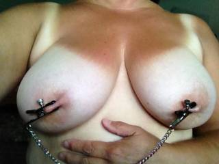beautiful breasts... it looks at the video in my profile and tell me if it is exciting for you...
