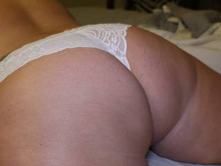 Wife bending over for the camera.