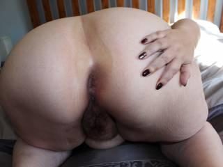 Spreading my bbw ass for you. Hope you enjoy!