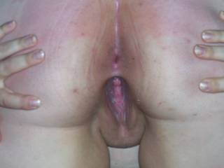 love to fill your pussy as hubby feeds you his