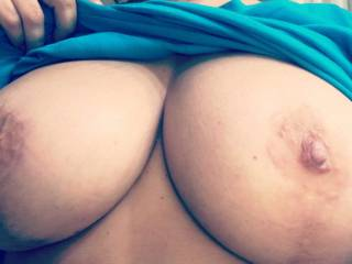 I love cumming all over these. She usually licks it off...