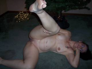 would love to meet in person some time and taste that juicy looking pussy!