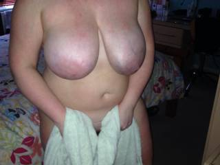 Amazing, I would love to splash all over those gorgeous tits . . . . Tribute perhaps?