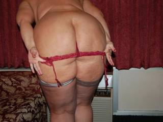 Naughty V taking off her suspender panties to give me easy access