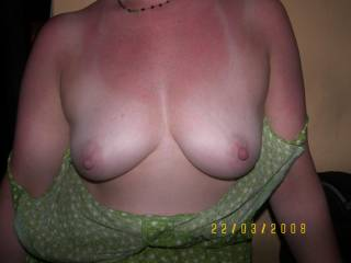 i'd luv 2 suck your beautiful tits right now!!!!