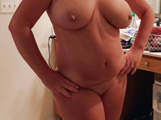 Look at those HARD NIPPLES and gorgeous TITS! Very nice!