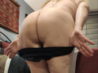 This married woman is getting ready for that lovely cock of yours! Fuck me hard, dear. Nice and deep...