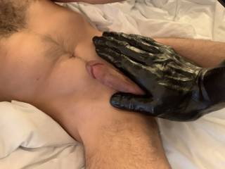 I hope you enjoy this as much as I did! It was such a big delight that when I was about to cum I could not press record on the video. I will have to repeat it for your pleasure.