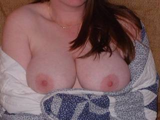 Forgive me but, If can so hard to see a quilt when you have such beautiful tits like your to look at. Mr.lew