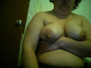 love yout titties, and love to lick those nipples and make them hard:)