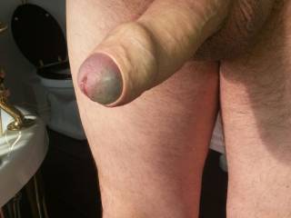 getting horny, any of you girls want to help me out here?