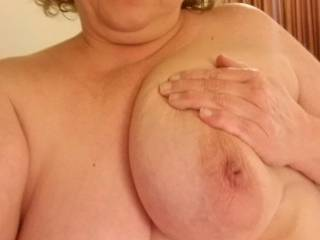 Fuck friend showing off her awesome tits!..