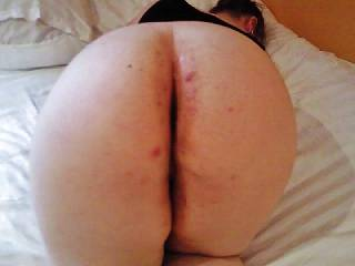 fucking this big ass friend at cheap hotel room i love her big spotty ass she let me take some pictures of her ass just before i fucked her pussy