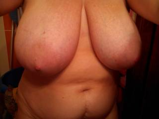 Oh yeah!!!! Super hot tits! I would love to spend an evening touching sucking and fucking those