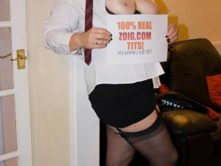 When we decided to do a shoot, Mrs H decided on dressing up as a naughty schoolgirl. Thing is I couldnt really see it despite the tie...but what i could see was a secretary