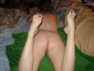 The best of two worlds! Ass and feet. I 'll fuck that ass and cum on her feet