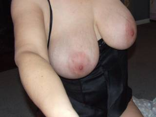 Gorgeous tits and body. I would so love to fuck you right now. My cock is so hard for you.