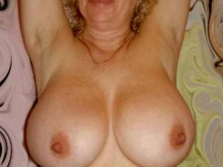look at my tits, they need a creamy load!!! Do you have one for me???