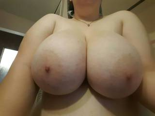 what a sexy pair of breasts, would love to lick and suck your sexy hard nipples then fuck yourt wet tits with my meaty thick shaved cock...