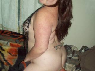 i dont blame you  with a fine ass and body like hers and the sexy smile and desire in her eyes sends shivers thru my cock dam i have to cum now