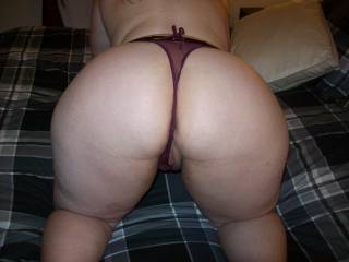 Love that big ass!! wanna bury my face and cock in there!!