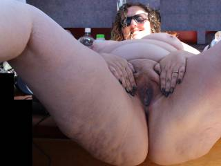 Spreading my cunt wide for you for a \'wideopenwednesday\' shot. Can\'t wait to read what you think of my spread bbw fuckhole