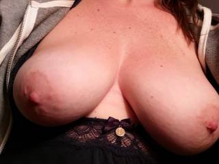 The wife's big boobs
