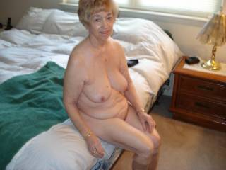 What a very sexy mature woman!  Your tits are incredible and your body is very beautiful.  (I think I'm in love...)