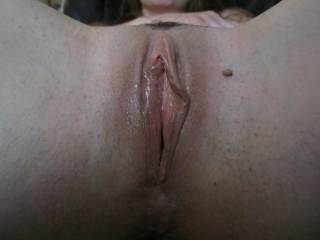 MMM such a perfect pussy! WEt, pink, and open to cum in!