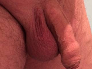 It wouldn't be hard to do with a nice uncut cock like that.