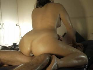 First part of our last oily fuck session (did you see the pics?). Gallo gets Coneja assplugged, then she rubs her pussy and gives a footjob before get on top to fuck.  See how her plug almost gets out of her asshole while she rides.