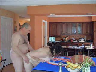 some sucking and licking and fucking in the kitchen