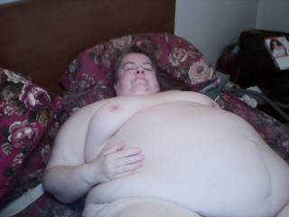 mmmmmmmmm  my god  always wanted a BBW like you to enjoy feel touch and cum all over
