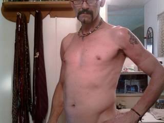 JiZd getting ready 4a HOt shower 2wash off that kewl soft COCK 4a gOOd fLOGGiNg..!!!