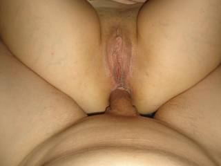 Very nice - lovely juicy looking pussy...mmmmm !!