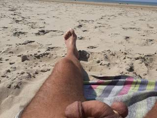 i like it to show myself at the nude beach